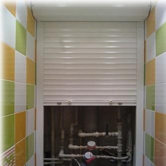Фото Рольставни для скрытия сантехнических коммуникаций в туалетах и ванных комнатах