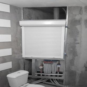 Фото Сантехнические жалюзи для ванной комнаты